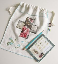 a 'handy dandy' petite project sack... 2 by dottieangel on Etsy