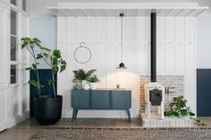 Emulating true Scandinavian living, stylist Simone Haag and interior designer Angela Harry have created a fresh new look for the Fred International showroom Scandinavian Living, Scandinavian Furniture, Scandinavian Design, Swedish Design, Furniture Showroom, Design Furniture, Visual Merchandising, Branding, Traditional Furniture