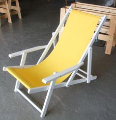 Make Anthropologie Inspired Beach Chairs Diy Furniture Hacks, Folding Furniture, Shabby Chic Table And Chairs, Dining Room Table Chairs, Wooden Beach Chairs, Folding Beach Chair, Chair Pictures, Chair Fabric