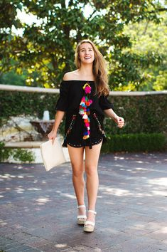 Love the tassel detail on this matching set! Perfect summer style for Disney parks!