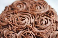 Bakeprosjektets beste sjokoladekake Dessert Recipes, Desserts, Peanut Butter, Biscuits, Food Porn, Food And Drink, Sweets, Baking, Eat