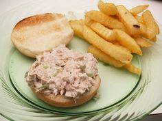 Tasty Tuesdays- A spin on your tuna sandwich - Housewife Eclectic