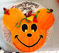 pumpkin-birthday-cakes-disney