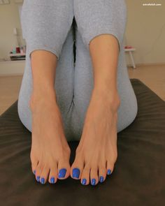 Pin on Gorgeous feet Beautiful Toes, Pretty Toes, Most Beautiful Women, Feet Soles, Women's Feet, Acrylic Toes, Blue Toes, Blue Toe Nails, White Toenails