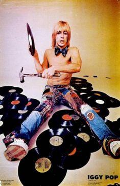 Iggy Pop La iguana destrozando los discos de pop.