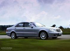 Mercedes W220 S-Class