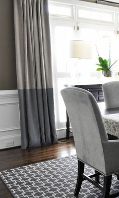 dark gray blackout curtains, ikea curtains, white light Source by darmuzey Color Block Drapery Panels, Curtains, Home Deco, Living Room Grey, Curtains Living Room, Curtain Designs, Curtains With Blinds, Home Decor, Minimalist Curtains