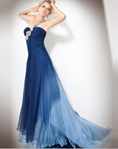 I WANT THIS TO BE MY PROM DRESS <3 <3 <3 <3