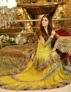 Pakistani Fashion Party Wear, Pakistani Outfits, Bridal Looks, Bridal Style, Bridal Mehndi Dresses, Pakistani Models, Weeding Dress, Indian Wedding Outfits, Saree Dress