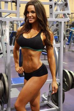 sexy-girl-working-out