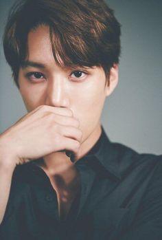 Find images and videos about exo, baekhyun and sehun on We Heart It - the app to get lost in what you love. Exo Kai, Baekhyun Chanyeol, Kaisoo, Chanbaek, Saranghae, Do Kyung Soo, Taemin, Shinee, Kris Wu