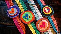 buena vibra (Monica Belandria) Tags: diy handmade crochet felt hechoamano hairaccesories fieltro accesorioscabello