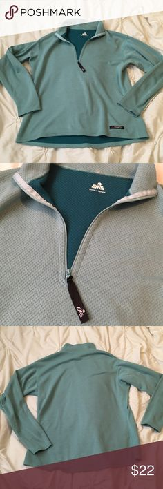 EMS Polartec Green/Blue Quarter Zip Up Jacket EMS Eastern Mountain Sport Polartec Green/Blue Quarter Zip Up Jacket Size Medium ---- 🚭 All items are from a non-smoking home. 👆🏻Item is as described, feel free to ask questions. 📦 I am a fast shipper with excellent ratings. 👗I love bundles & bundle discounts. Feel free to make an offer! 😍 Like this item? Check out the rest of my closet! 💖 Thanks for looking! EMS Tops Sweatshirts & Hoodies