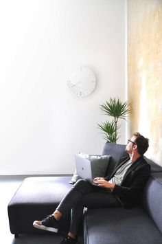 Relax clock by product designer from StudioDWAS based in #germany. The #clock design is a gentle reminder for all of us to enjoy our free time after our #office 9-6 #job. #motivation #products #review #homedecor #white #wallhanging #clock #freetime #designinspiration #pinoftheday #aboutdesignworld #designwithstory