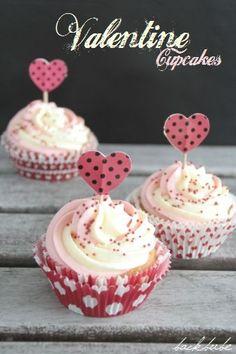 Valentine-Cupcake mit zweifarbigem Frosting_1