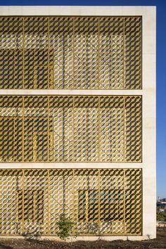 Mikaela Burstow, AAU ANASTAS · The Toulkarem Courthouse · Divisare
