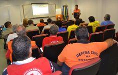 CONSTRUINDO COMUNIDADES RESILIENTES: SEDEC-RJ Orienta Técnicos na Gestão do Desastre