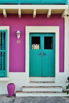 Viejo San Juan (Old San Juan) by FrankyBelis, via Flickr