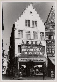Gent - hoek van de donkersteeg en de korenmarkt