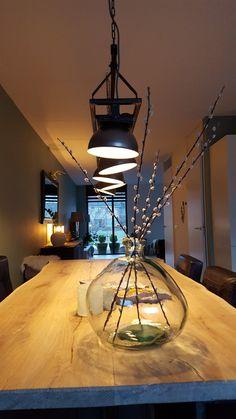 Onze nieuwe lamp van Industrial Home