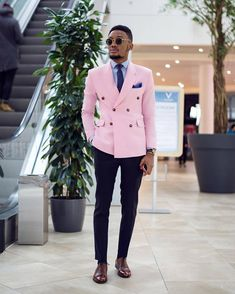Blazer Outfits Men, Stylish Mens Outfits, Men Blazer, African Clothing For Men, African Men Fashion, Designer Suits For Men, Dapper Men, Mens Fashion Suits, Men's Fashion
