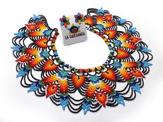 Beaded Jewelry, Beaded Necklace, Necklaces, Mexican Jewelry, Native American Beadwork, Bead Loom Patterns, Beading Tutorials, Loom Beading, Necklace Designs