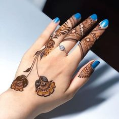 Mehndi Designs: Simple And Easy Henna Pretty Henna Designs, Henna Tattoo Designs Simple, Finger Henna Designs, Simple Arabic Mehndi Designs, Back Hand Mehndi Designs, Latest Bridal Mehndi Designs, Henna Art Designs, Mehndi Designs For Beginners, Modern Mehndi Designs