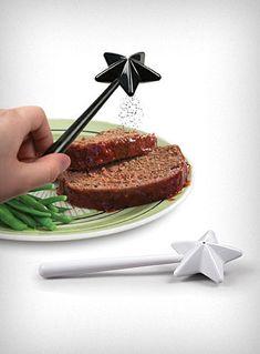 magic wand salt & pepper shaker