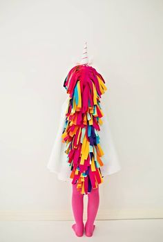 DIY No-Sew Felt Rainbow Unicorn Costume for Kids. Get the how-to to make this colorful unicorn costume that requires no. Kids Horse Costume, Toddler Unicorn Costume, Unicorn Halloween Costume, Horse Costumes, Toddler Costumes, Halloween Costumes For Kids, Halloween Makeup, Animal Costumes For Kids, Zombie Costumes