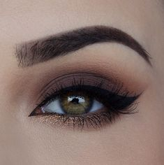 10 heißesten Augen Make-up Looks - Makeup Trends Pretty Makeup, Love Makeup, Makeup Inspo, Makeup Inspiration, Stunning Makeup, Makeup Style, Picture Makeup, Neutral Makeup, Amazing Makeup