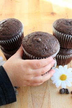 Muffins Double Chocolat, Vegan Desserts, Biscuits, Sweet Tooth, Deserts, Sweets, Cookies, Chocolate, Breakfast