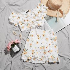 Girls Fashion Clothes, Teen Fashion Outfits, Mode Outfits, Retro Outfits, Girly Outfits, Cute Fashion, Look Fashion, Cute Lazy Outfits, Trendy Outfits