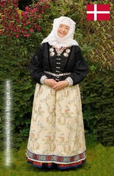 Women's dress from Læsø, Danmark - On Læsø they have preserved the wearing of… Folklore, Danish Culture, Costumes Around The World, Folk Costume, People Of The World, World Cultures, Traditional Dresses, Beautiful People, How To Wear