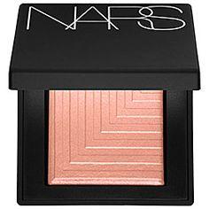 NARS Dual-Intensity Eyeshadow NARS Dual-Intensity Eyeshadow in Europa - gossamer pink peach Dione - metallic champagne beige #sephora