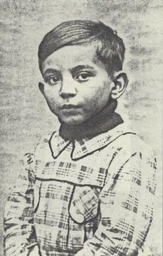Joseph Goldberg was one of the Jewish children of Paris that faced an evil Nazi war machine Sept. Corrie Ten Boom, Lest We Forget, Anne Frank, 7 Year Olds, War Machine, World War I, Forgive, Oppression