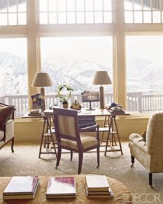 Get inspired by gorgeous luxury mountain home pictures from ELLE DECOR. Architect Table, Office With A View, Aspen House, Home Pictures, Elle Decor, Home Office, Office Workspace, Rum, Beautiful Homes