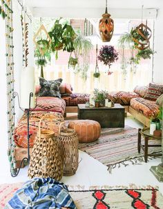 You might be looking at your patio this summer wishing that it looked different, fresher, more alive somehow. You've tried changing up your outdoor furniture or adding some new plants, but somehow you still aren't satisfied with your backyard. Thankfully, boho-chic has come back into style this summer! (Did it ever really leave?) Bohemian patios …