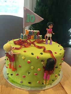 Rock climbing cake for 10th birthday by Sublime Cookies