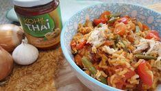 Eenpansgerecht: groente pilaf, gele curry en makreel