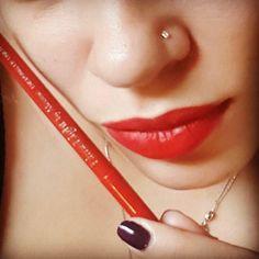 Lips liner 4