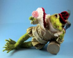 """Needle Felted Frog Prince """"Henry: by Robin J Andreae"""