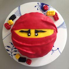 Ninjago kage til børnefødselsdag