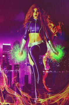 Character: Starfire (Koriand'r) / From: DC Comics 'Teen Titans' & 'Starfire' / Cosplayer: Bec's Cosplay Wonderland / Photo: Bermingham Photography