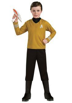 •Trekkies  Il y a aussi Kirk ou Picard comme capitaine…. Un chandail rouge ou jaune avec l'insigne de Star Fleet et le tour est joué!