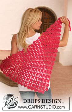 "Crochet DROPS shawl with intricate flower pattern in ""Alpaca"" and ""Vivaldi"". ~ DROPS Design"