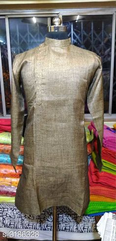 Checkout this latest Kurtas Product Name: *Fancy Cotton Linen Men's Kurta* Sizes:  M, L Country of Origin: India Easy Returns Available In Case Of Any Issue   Catalog Rating: ★3.9 (227)  Catalog Name: Eva Fancy Cotton Linen Men's Kurtas Vol 1 CatalogID_438135 C66-SC1200 Code: 733-3186328-819