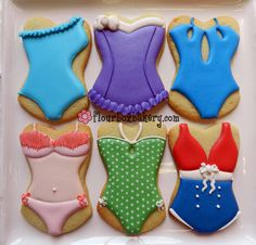 How to Decorate a Swimsuit Cookie
