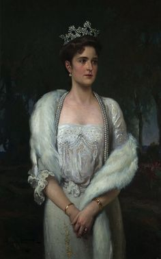 Portrait of Empress Alix-Alexandra Feodorovna 17 July Hesse, Germany, in Russia when married Tsar Nicholas II (Nicholas Alexandrovich Romanov) July by Artist Unknown. Alexandra Feodorovna, House Of Romanov, The Empress, Imperial Russia, Joan Rivers, Royal Jewels, Tiaras And Crowns, Royal Crowns, Royal House