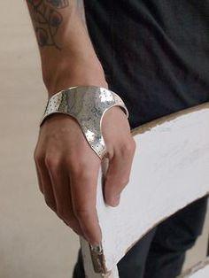 Yohan Serfaty – Handmade, perforated silver hand cuff