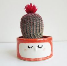 Captivating Quirky Ceramic Face Pots Are Given A Wild Hairdo When You Add A Plant   My Ideas